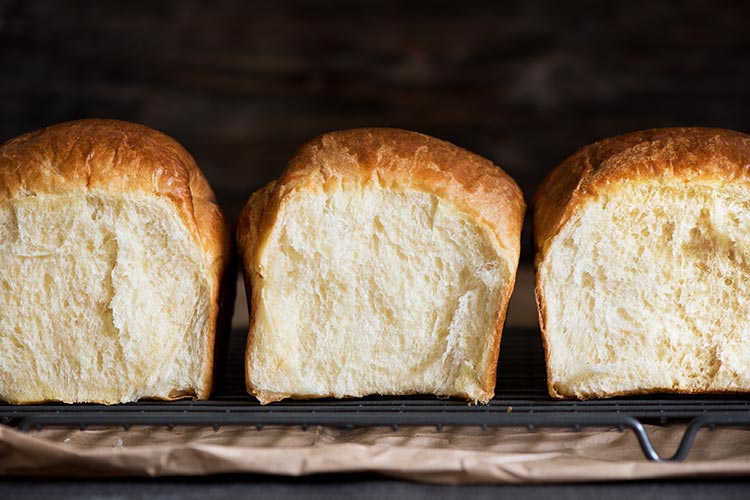 How To Make Regular Bread At Home