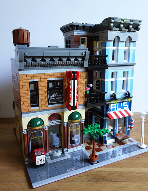 Lego-Detective's-Office-Part-4-(10)