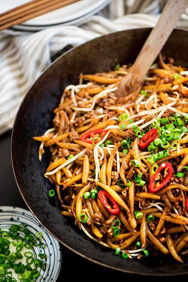 Malaysian Fried Rice Noodles (Lo Shu Fun)