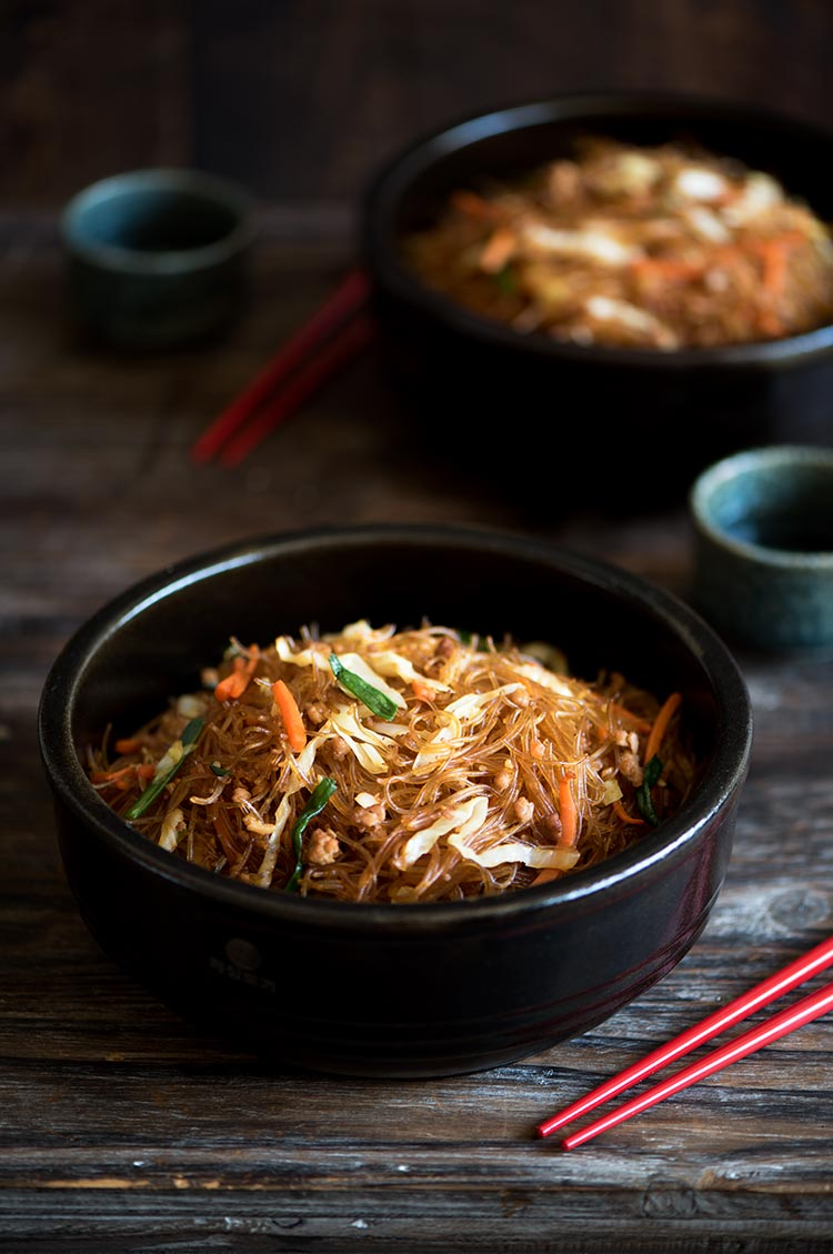 Stir-fried Pork And Cabbage Glass Noodles